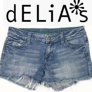 🌼 Vintage Delias fringed Jean shorts size 7/8